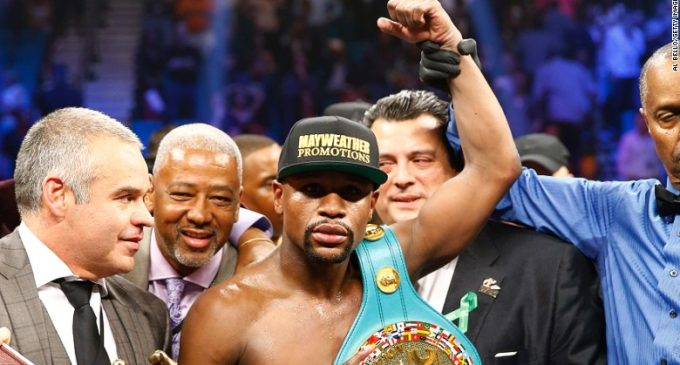 Pacquiao Fans Call For Rematch Against Mayweather  //  Pacquiao Fans Réclament De Match Revanche Contre Mayweather