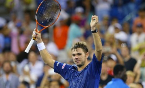 Tennis-Wawrinka Storms Into U.S. Open Semis As Rain Approaches